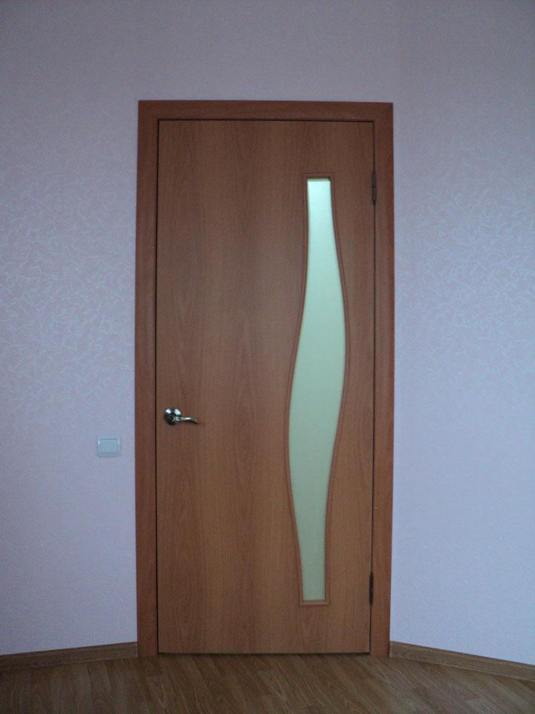ustanovka-mejkomnatnyh-dverei